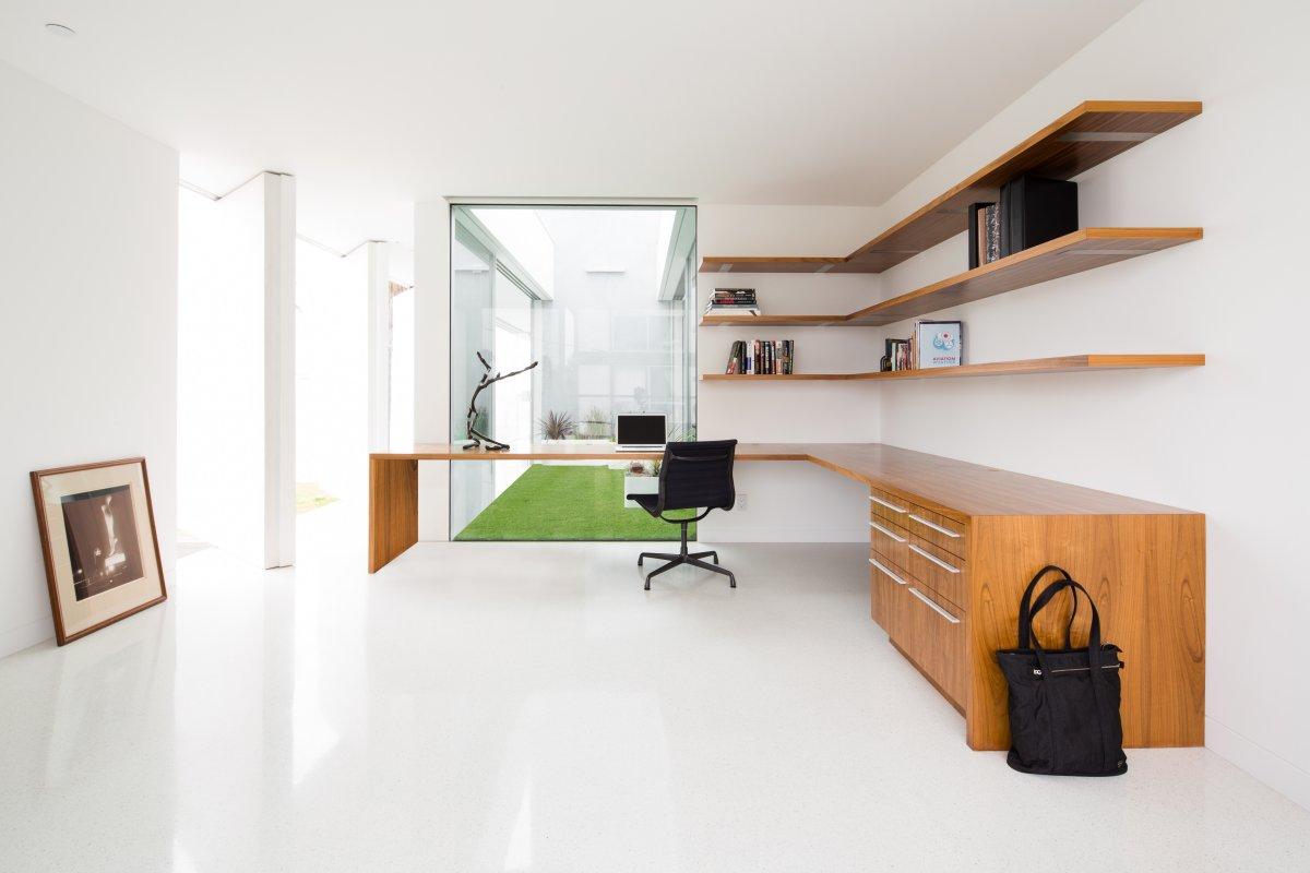 kabinet-dlya-doma-0010